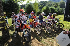 2011 Kenda TKO Start Line photo by Larry Mayo